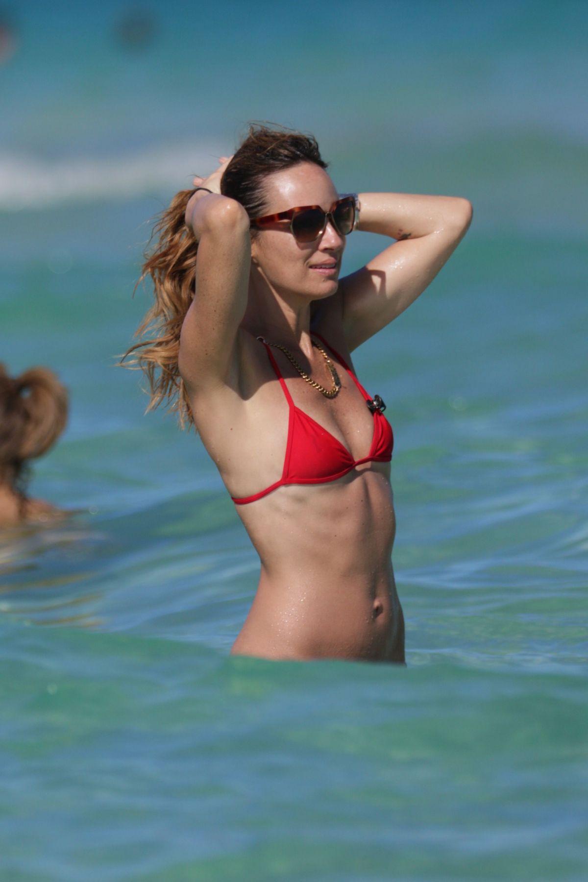 Mathis red bikini