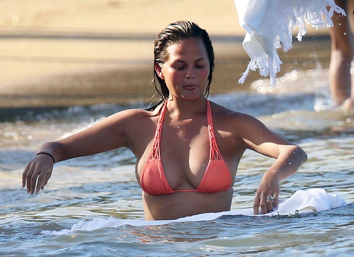 Celebrity Gabrielle Caunesil nude photos 2019