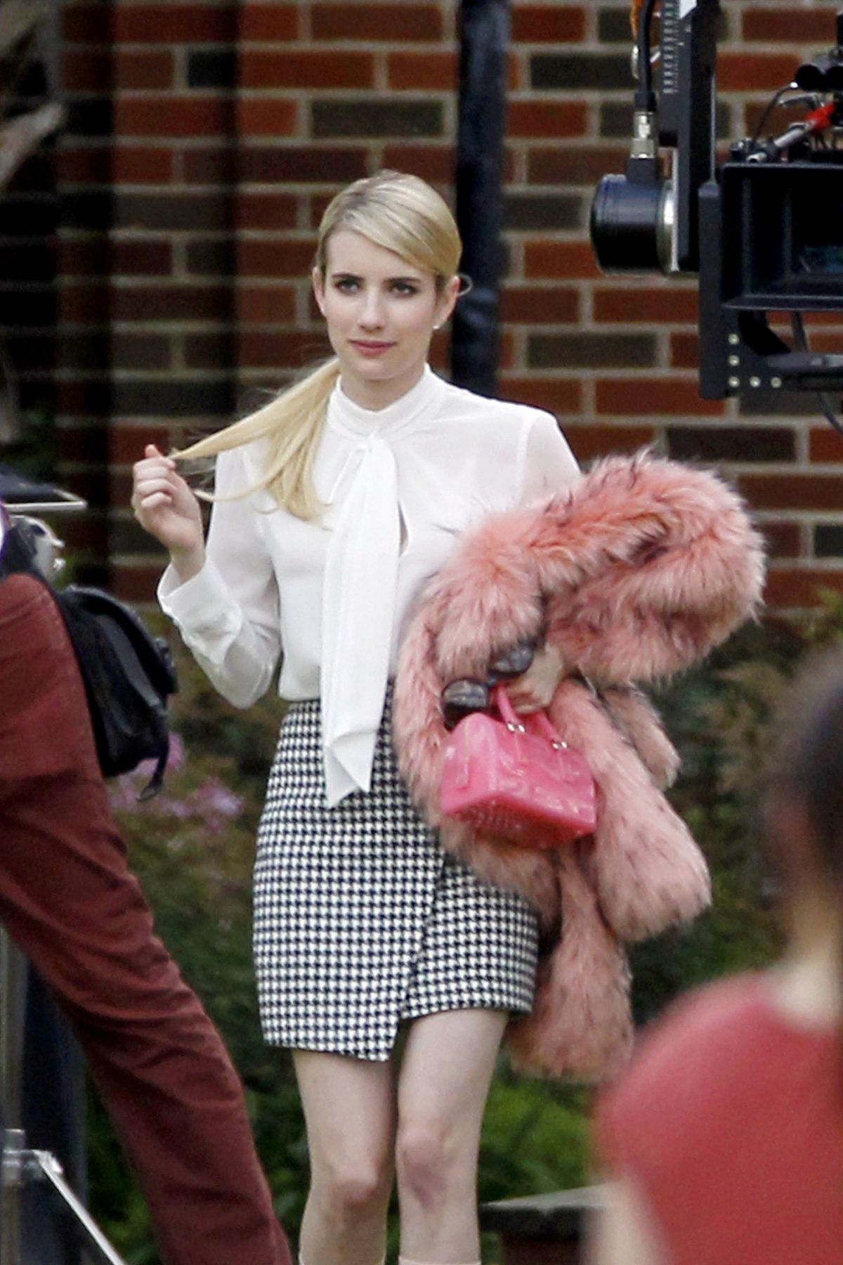 Emma Roberts On The Set Of Scream Queens In New Orleans 7 Hawtcelebs