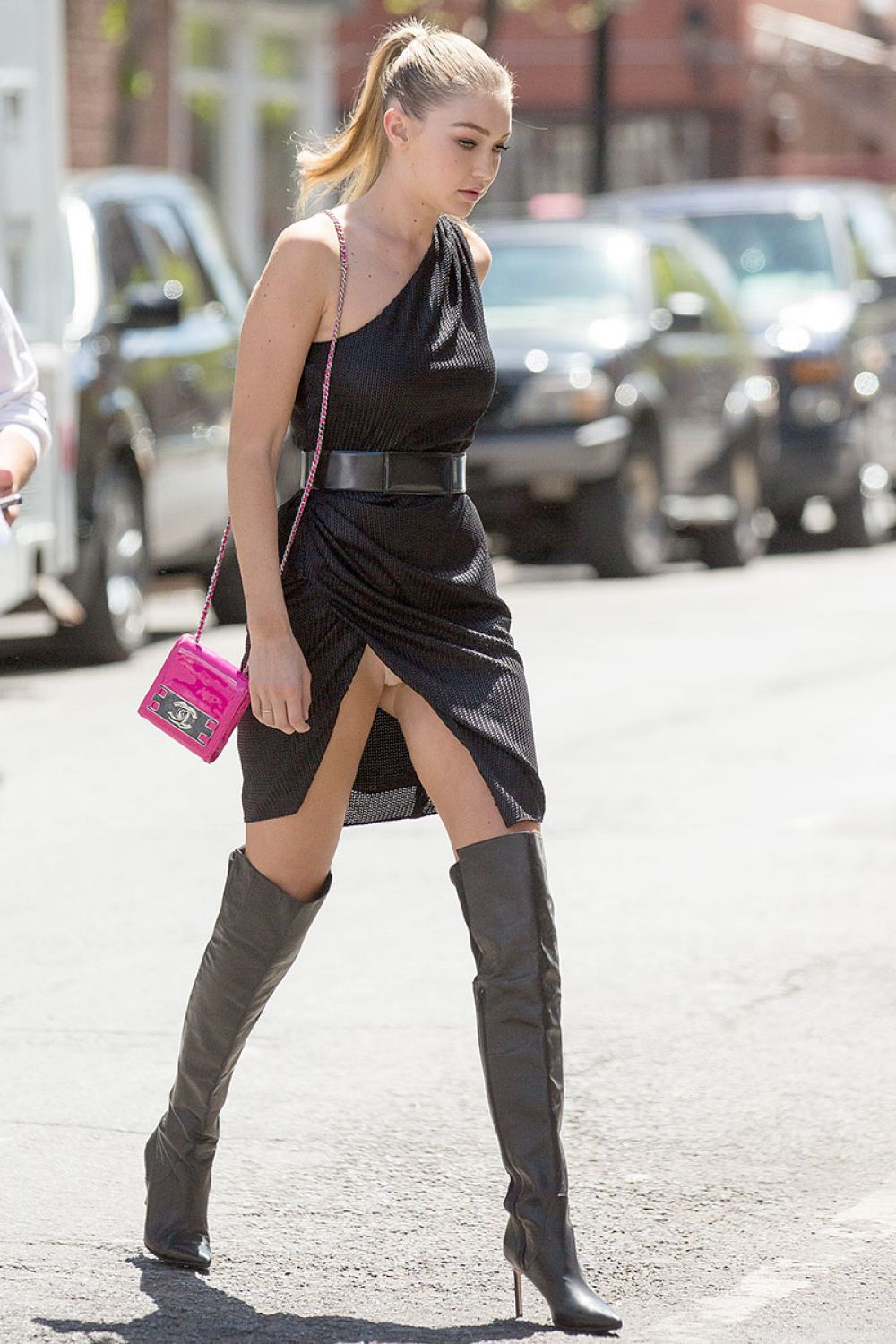 GIG HADID Out and About in New York 04/29/2015