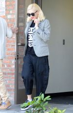 GWEN STEFANI at Acupuncture Clinic in Los Angeles
