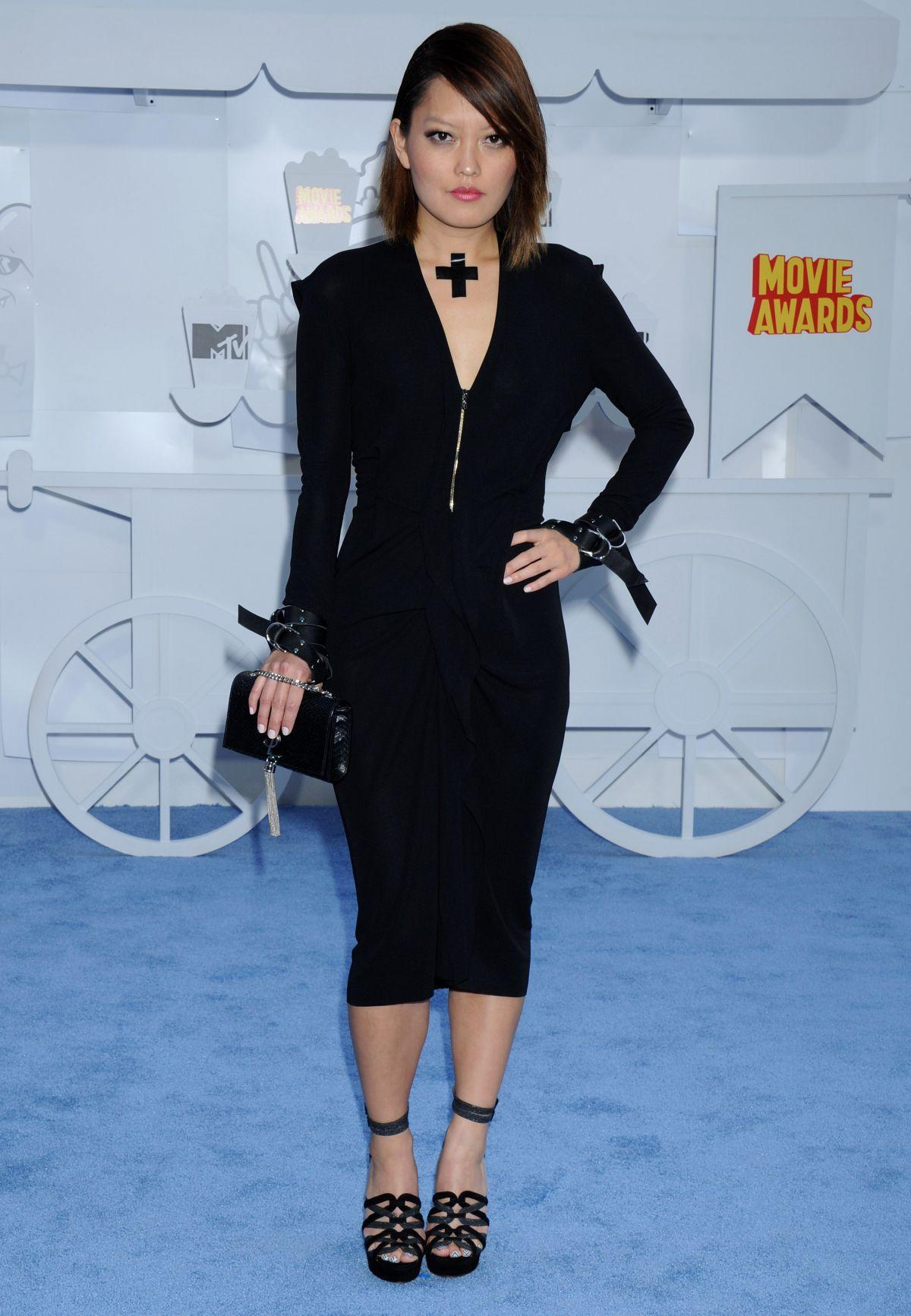 HANA MAE LEE at 2015 MTV Movie Awards in Los Angeles