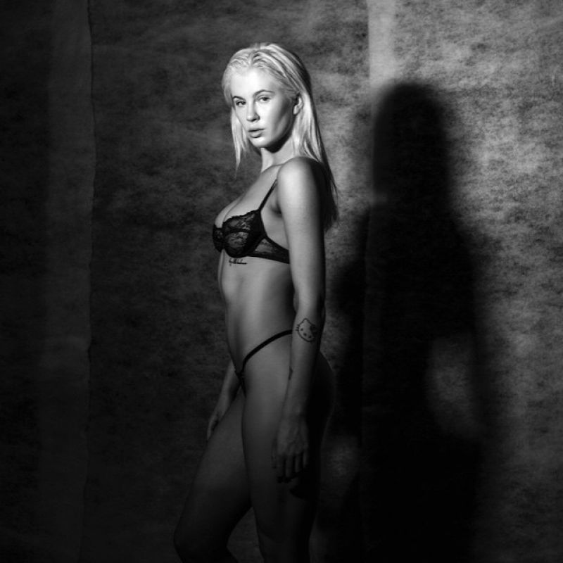 Ireland Baldwin Naked Tyler Kandel Photoshoot - Hot