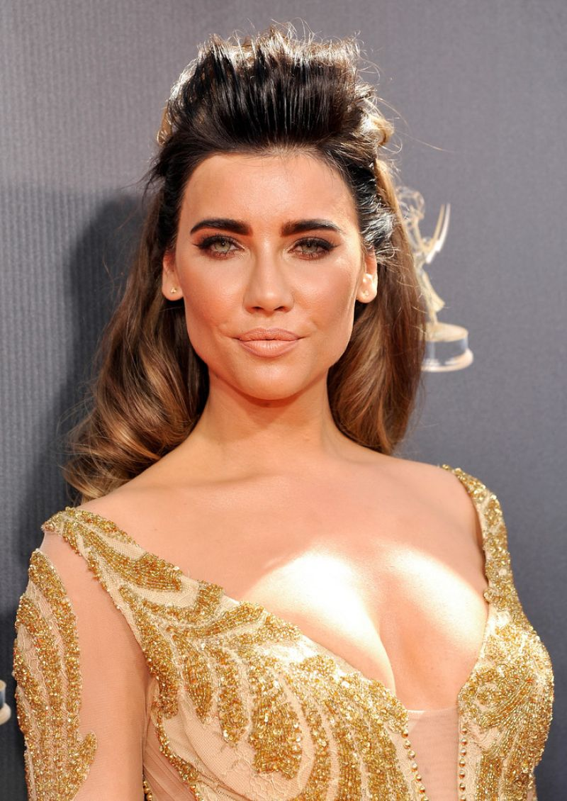 JACQUELINE MACINNES WOOD at 2015 Daytime Emmy Awards in ...