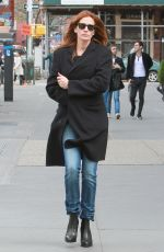 JULIA ROBERTS Out and About in New York 04/18/2015