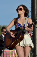 KACEY MUSGRAVES Performs at 2015 Stagecoach California