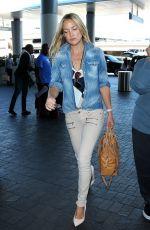 KATE HUDSON Arrives at Los Angeles International Airport