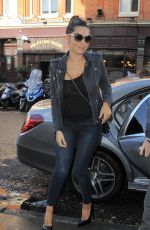 KELLY BROOK in Jeans Arrives at Her Hotel in London