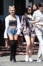KENDALL and KYLIE JENNER Out for Lunch in Los Angeles