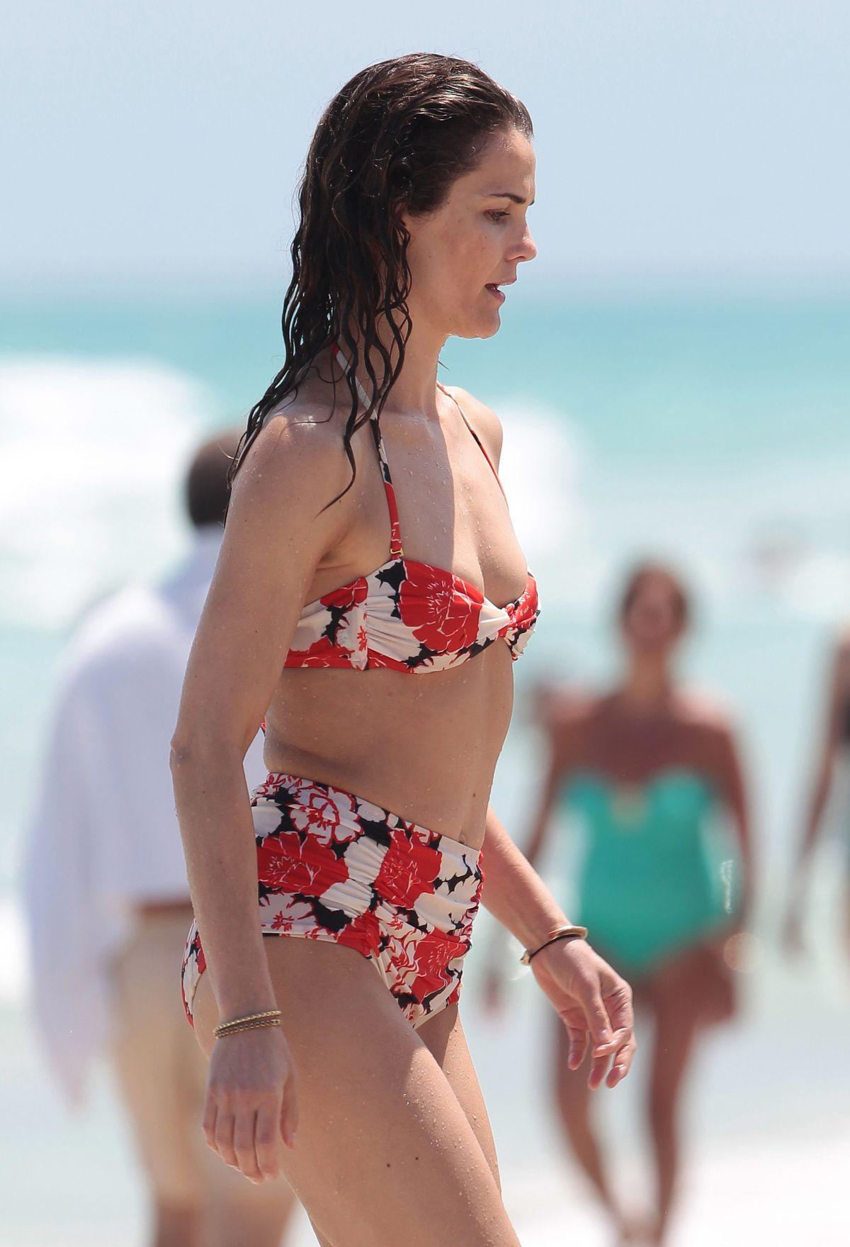 Keri Russell im Bikini