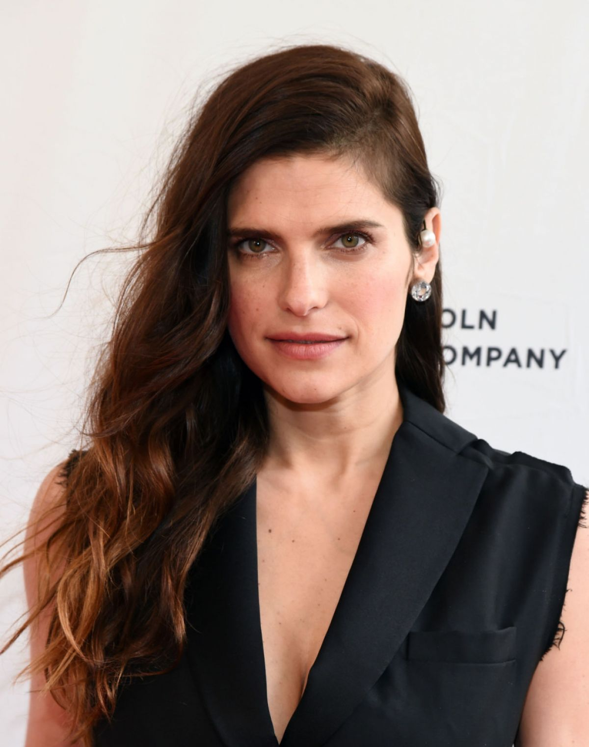 lake bell fan site