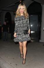 MOLLY SIMS Leaves Craigs