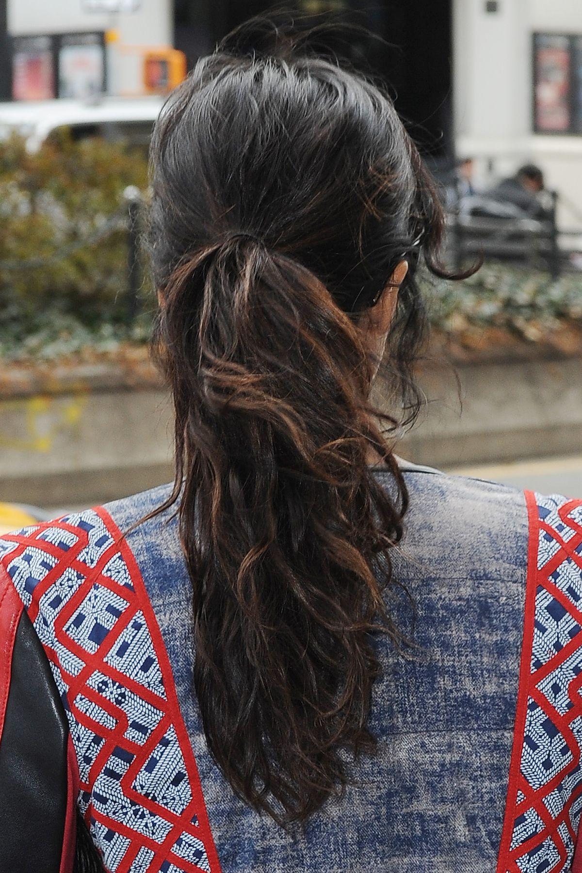 padma lakshmi leaves her apartment in new york 04212015 - Brown Apartment 2015