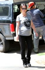Pregnanr JENNIFE LOVE HEWITT Out and About in Santa Monica