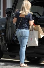 REESE WITHERSPOON in Jeans Out Shopping in Brentwood 04/30/2015