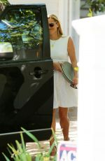 REESE WITHERSPOON Out and About in Bel Air