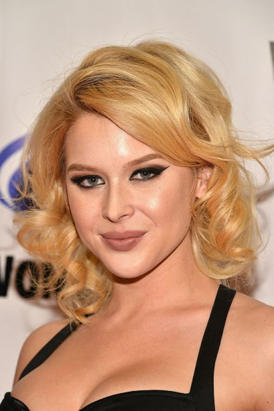 renee olstead минус