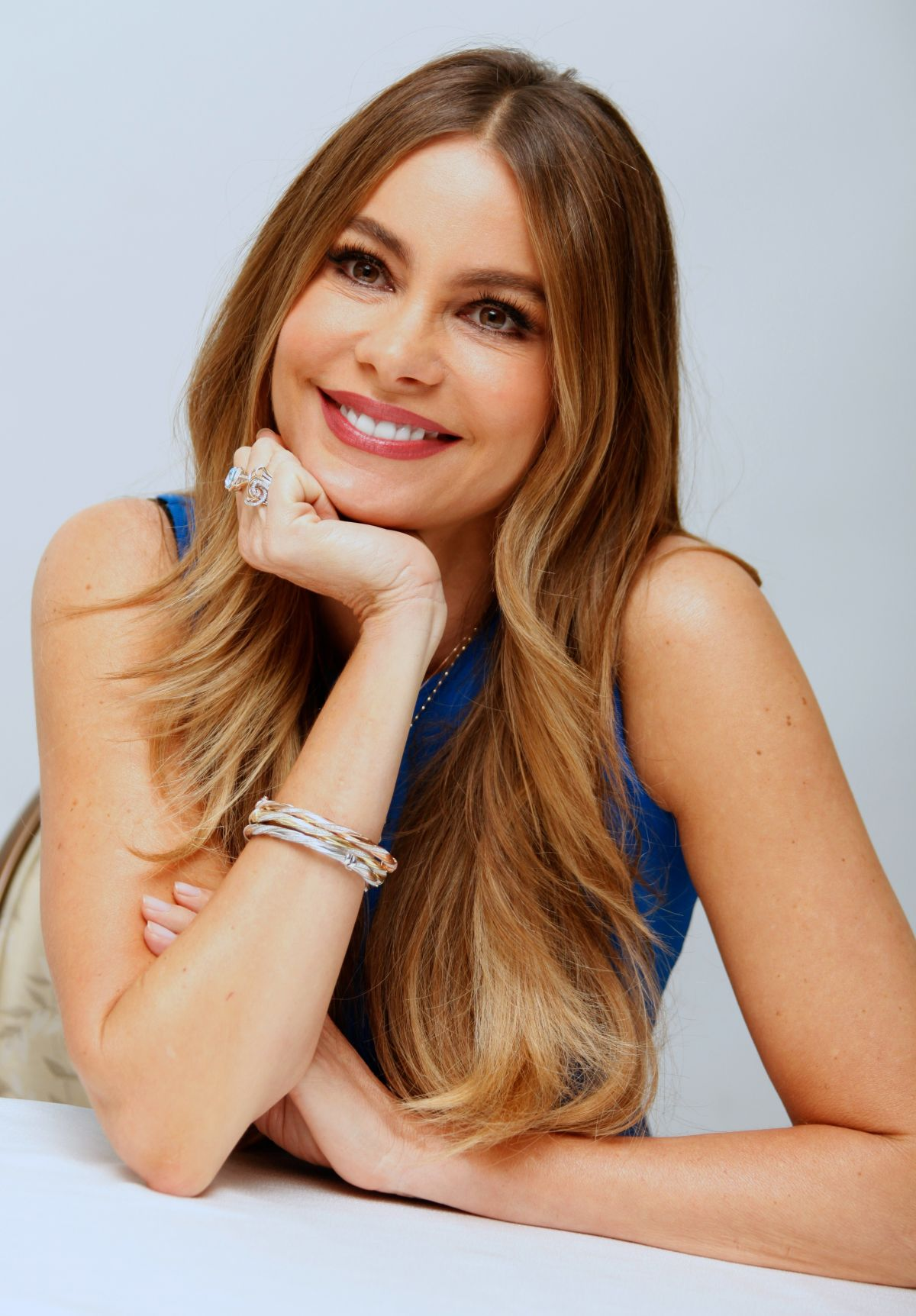 SOFIA VERGARA At Hot Pursuit Press Conference In Beverly