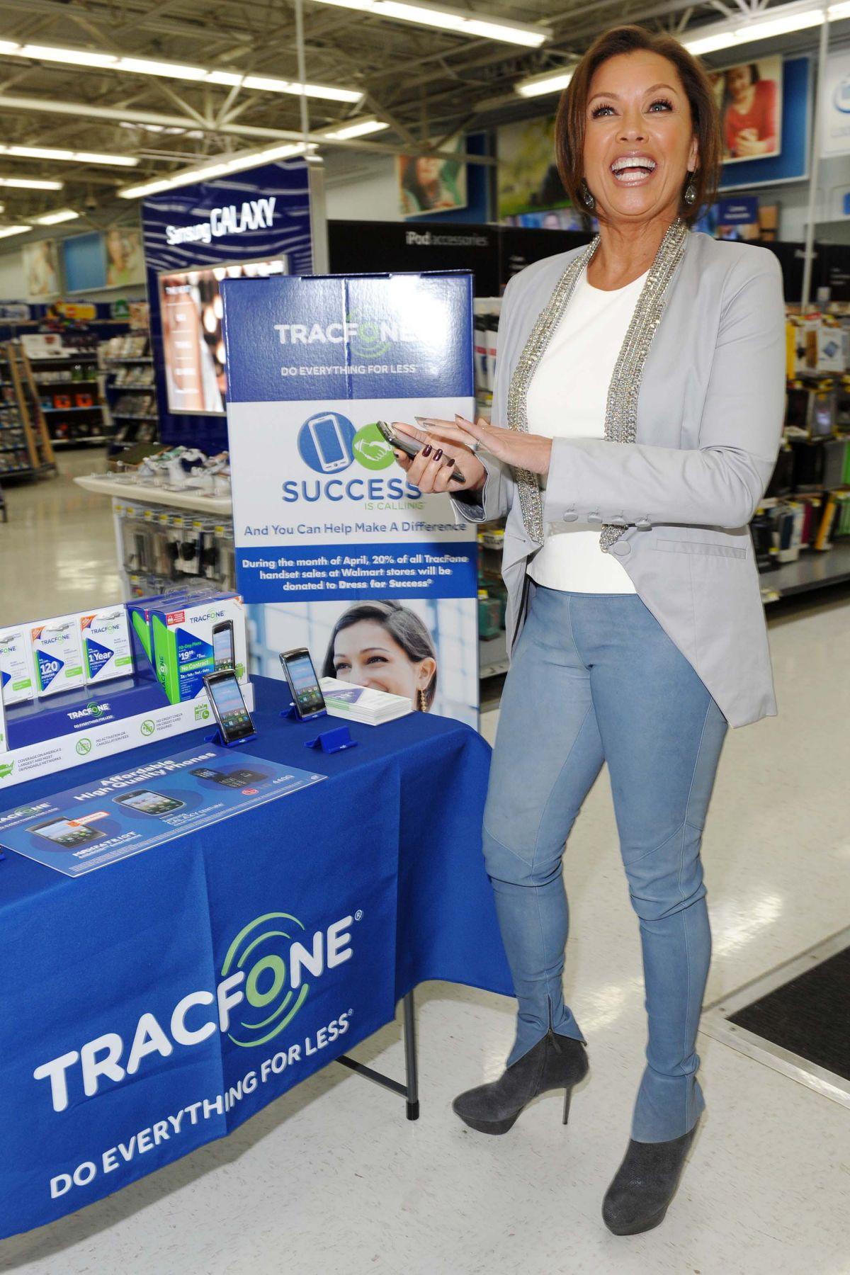 VANESSA WILLIAMS at Tracfone Promo Event in Walmart in Secaucus