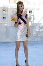 VICTORIA JUSTICE at 2015 MTV Movie Awards in Los Angeles