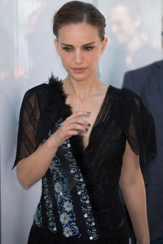 NATALIE PORTMAN Out and About Cannes