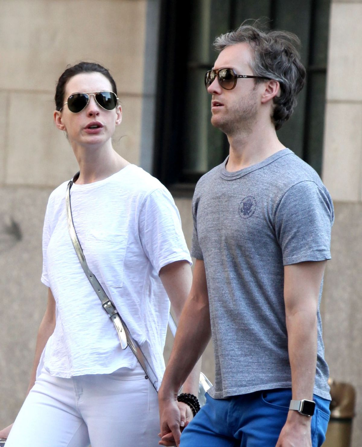 ANNE HATHAWAY And Adam Shulman Out And Abou In New York 05
