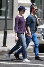 ANNE HATHAWAY Out for Lunch in New York
