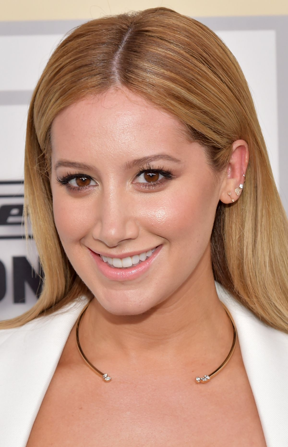 ashley tisdale official website