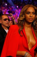 BEYONCE at Mayweather vs Pacquiao Boxing Match in Las Vegas