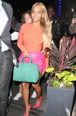 BEYONCE KNOWLES Leaves Her Office Building in New York 05/14/2015