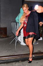 BEYONCE Leaves Terminal 5 in New York 05/17/2015