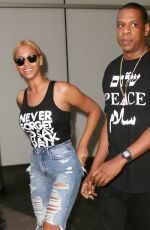 BEYONCE Out and About in New York 05/11/2015