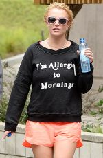 BRITNEY SPEARS Working Out in Thousand Oaks 05/05/2015