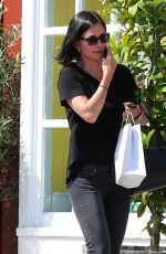 COURTNEY COX Leaves Brentwood Country Market 04/29/2015
