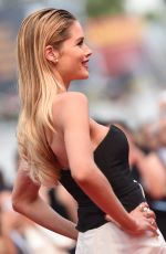 DOUTZEN KROES at Sicario Premiere at Cannes Film Festival