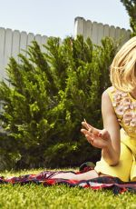 ELIZABETH BANKS in The Edit Magazine, May 2015 Issue