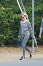 ELIZABETH BANKS Out Hiking in Los Angeles 05/07/2015