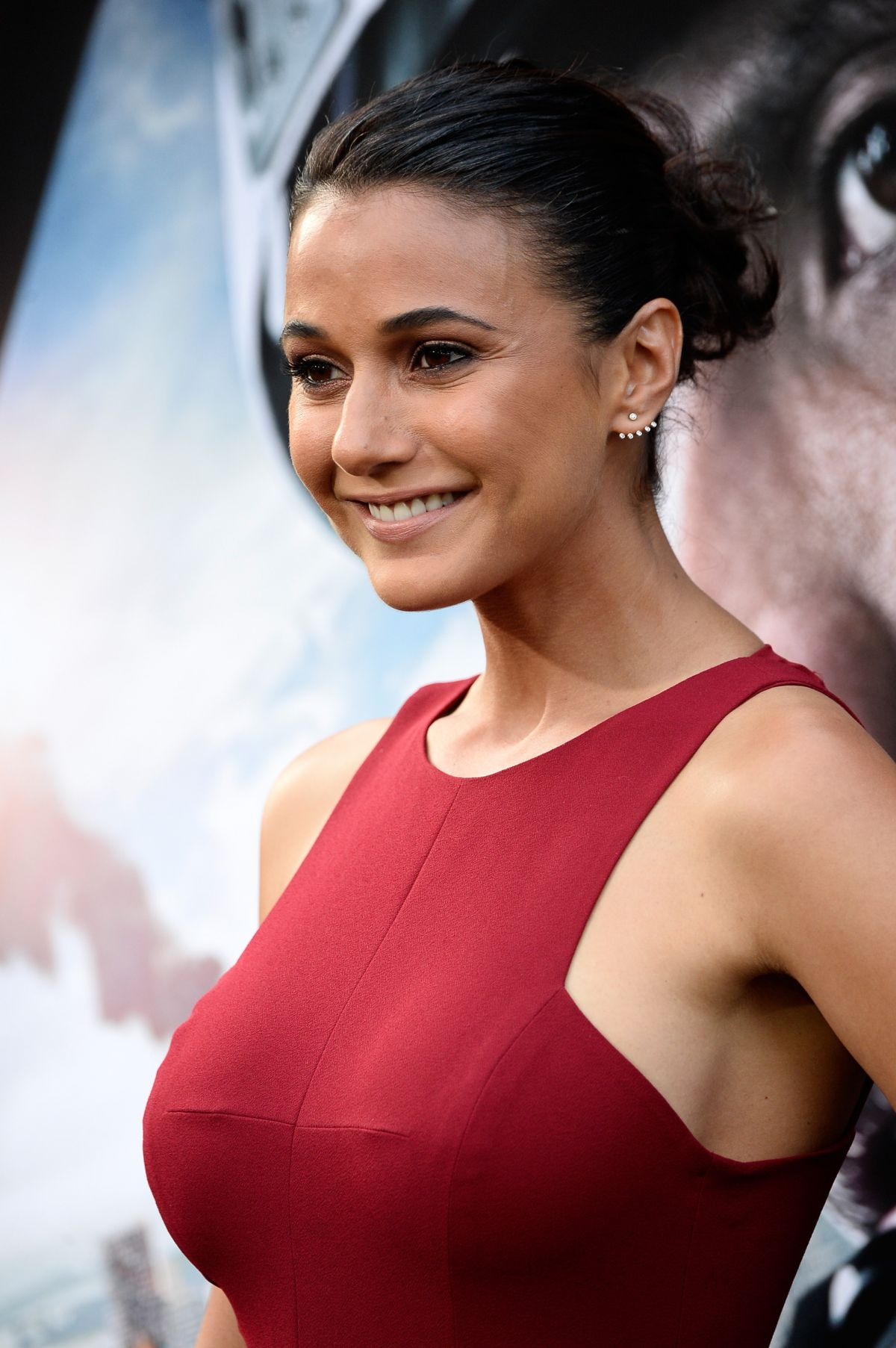 Emmanuelle chriqui photos nues