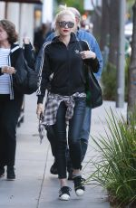 GWEN STEFANI Out and About in Los Angeles 05/21/2015