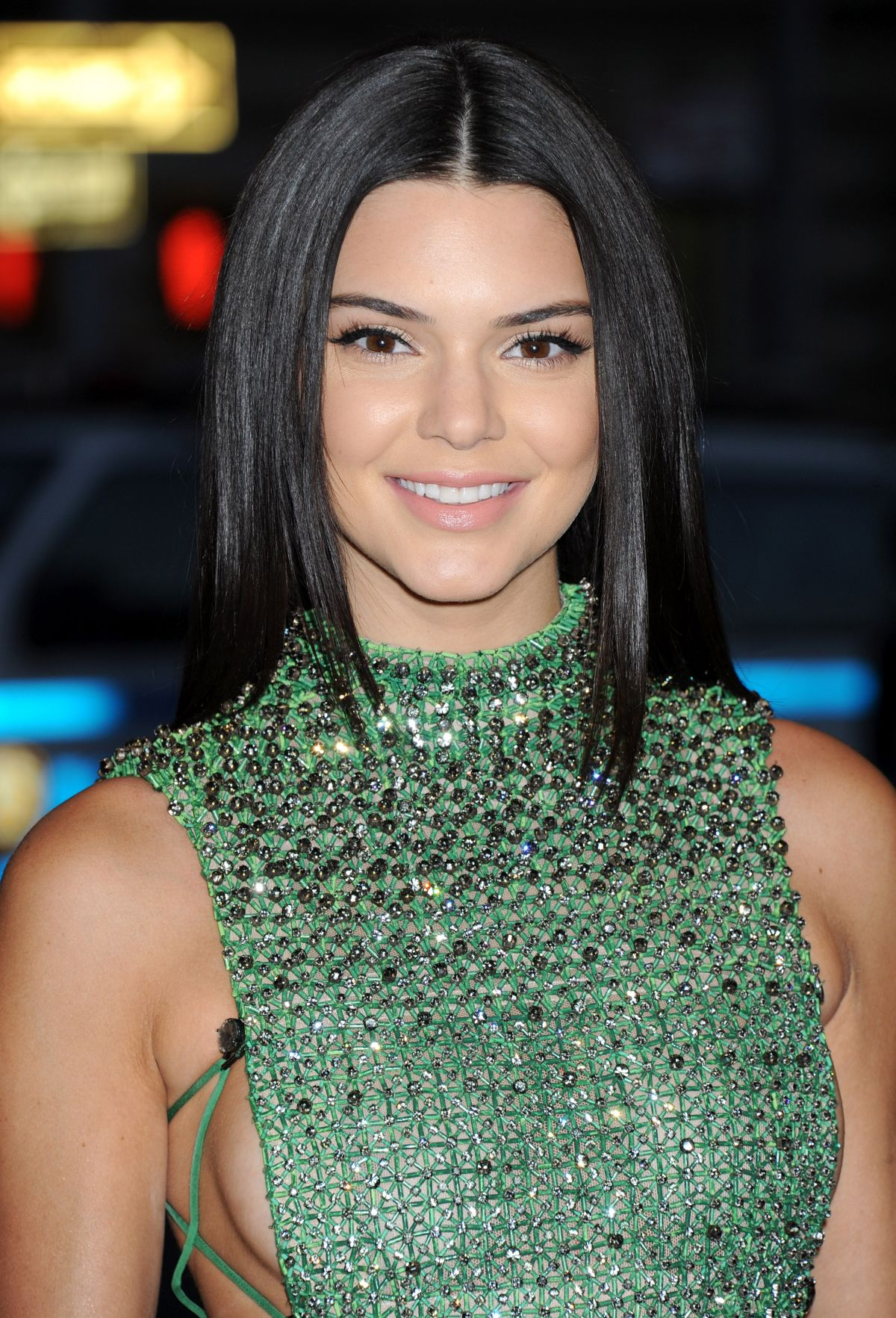 Kendall Jenner Caviar Kaspia Dinner After Pharmacy Stop: KENDALL JENNER At MET Gala 2015 In New York