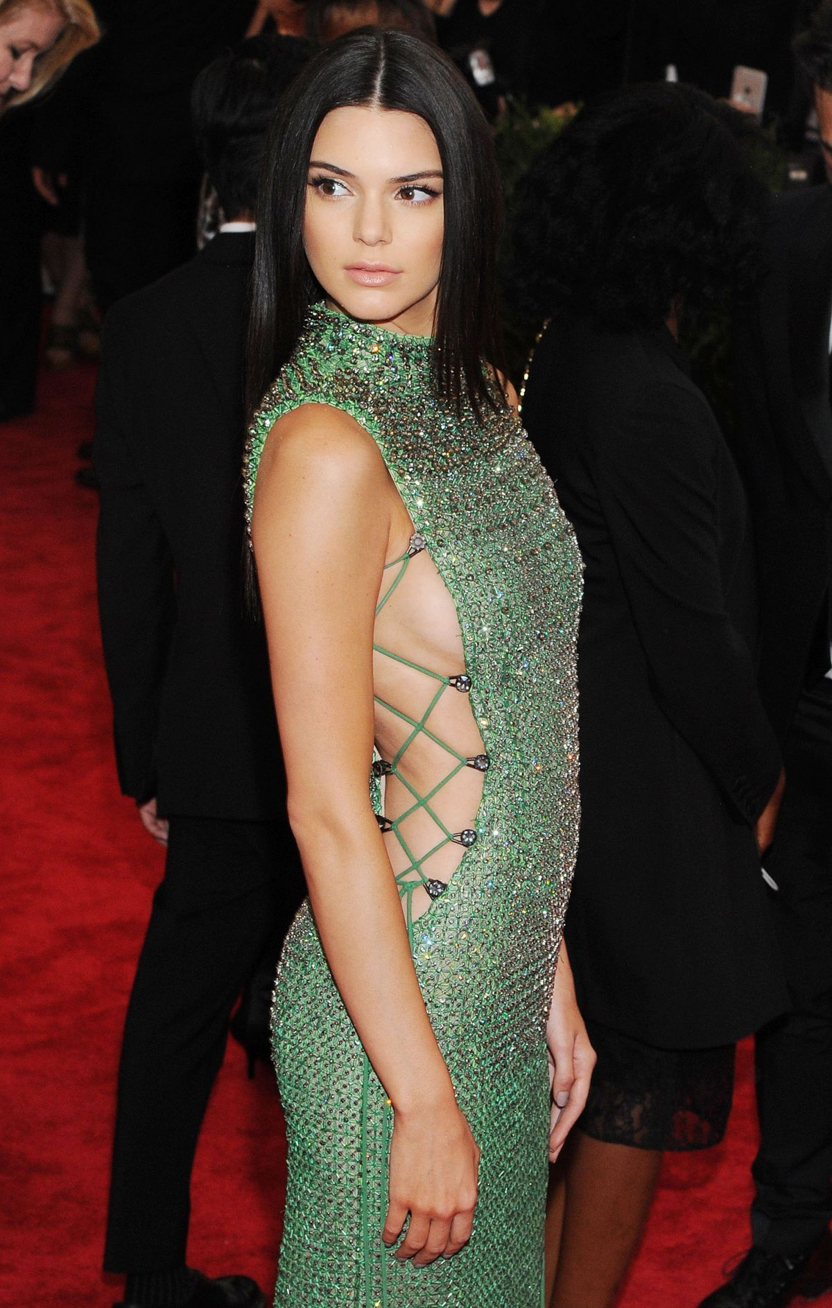 Kendall Jenner has 12353 more images Celebrity Pictures, News and Gossip ( 297 views.