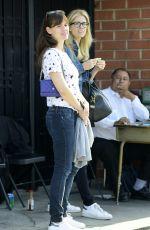JENNIFER GARNER Leaves Meche Aalon in Beverly Hills 05/09/2015