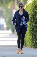 JENNIFER GARNER Out and About in Brentwood 05/19/2015