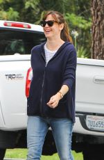 JENNIFER GARNER Out and About in Brentwood 05/30/2015