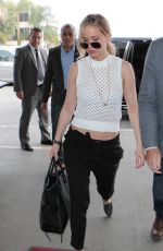 JENNIFER LAWRENCE Arrives at Los Angeles International Airport 01/05/2015