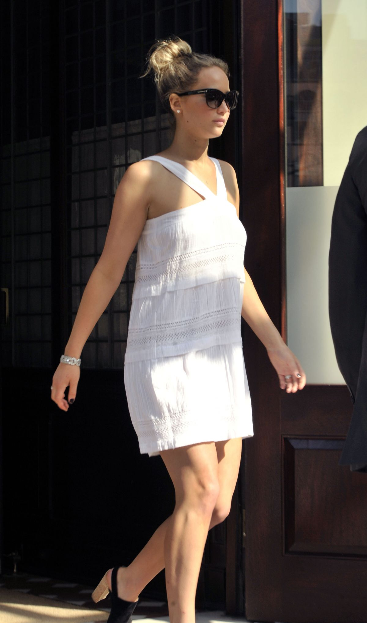 JENNIFER LAWRENCE Leaves Greenwich Hotel in Tribeca 05/04/2015