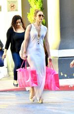 JENNIFER LOPEZ Shopping at Victoria