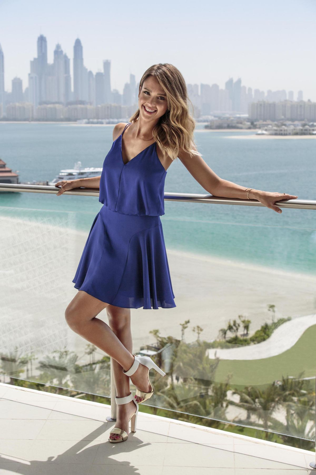 Jessica Alba - Cosmopolitan Magazine, Turkey, August 2014