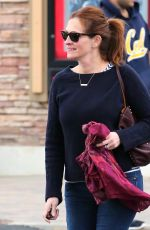 JULIA ROBERTS Out and About in Malibu 05/08/2015