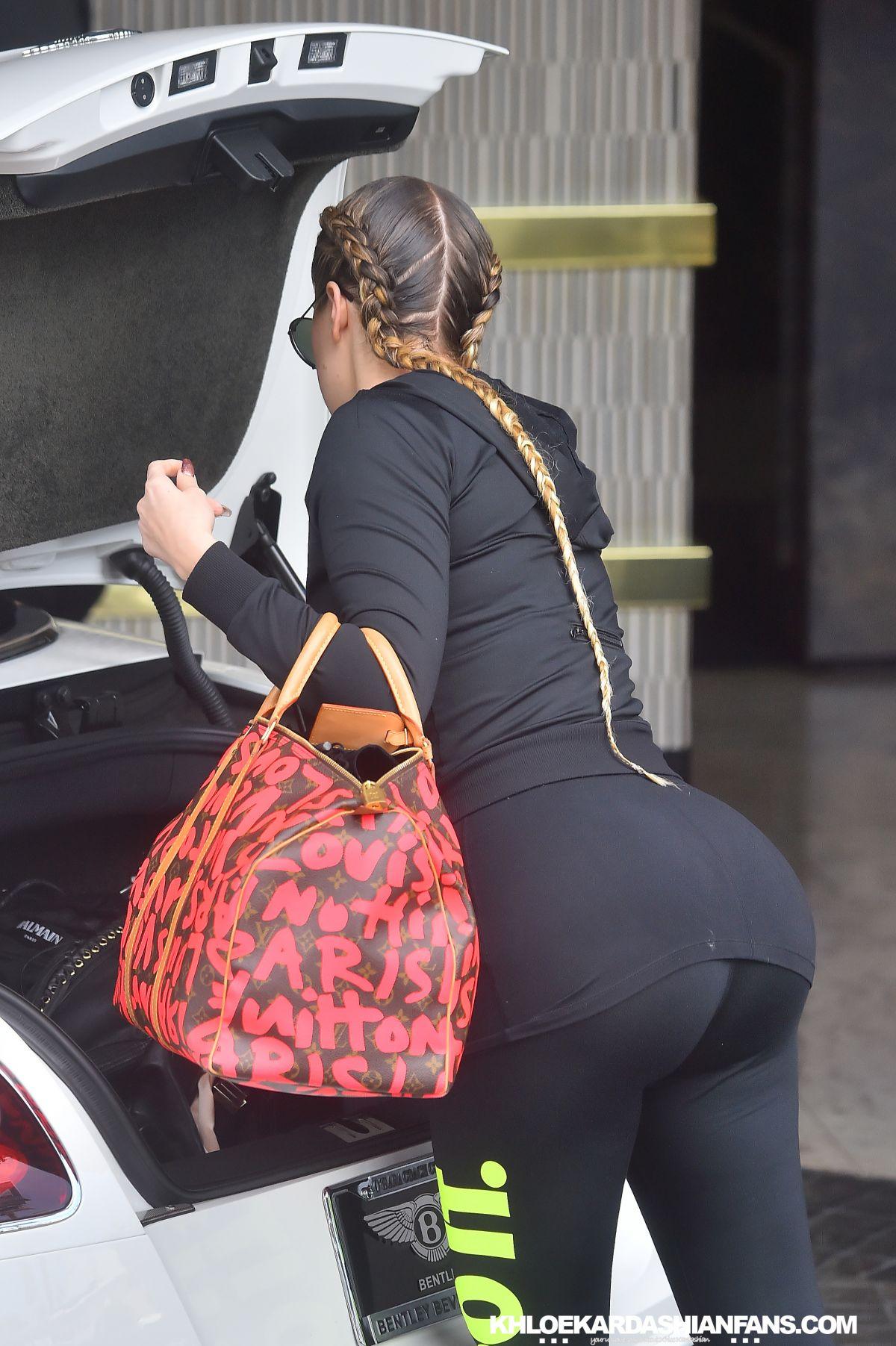 KHLOE KARDASHIAN Arrives at The London Hotel in West Hollywood